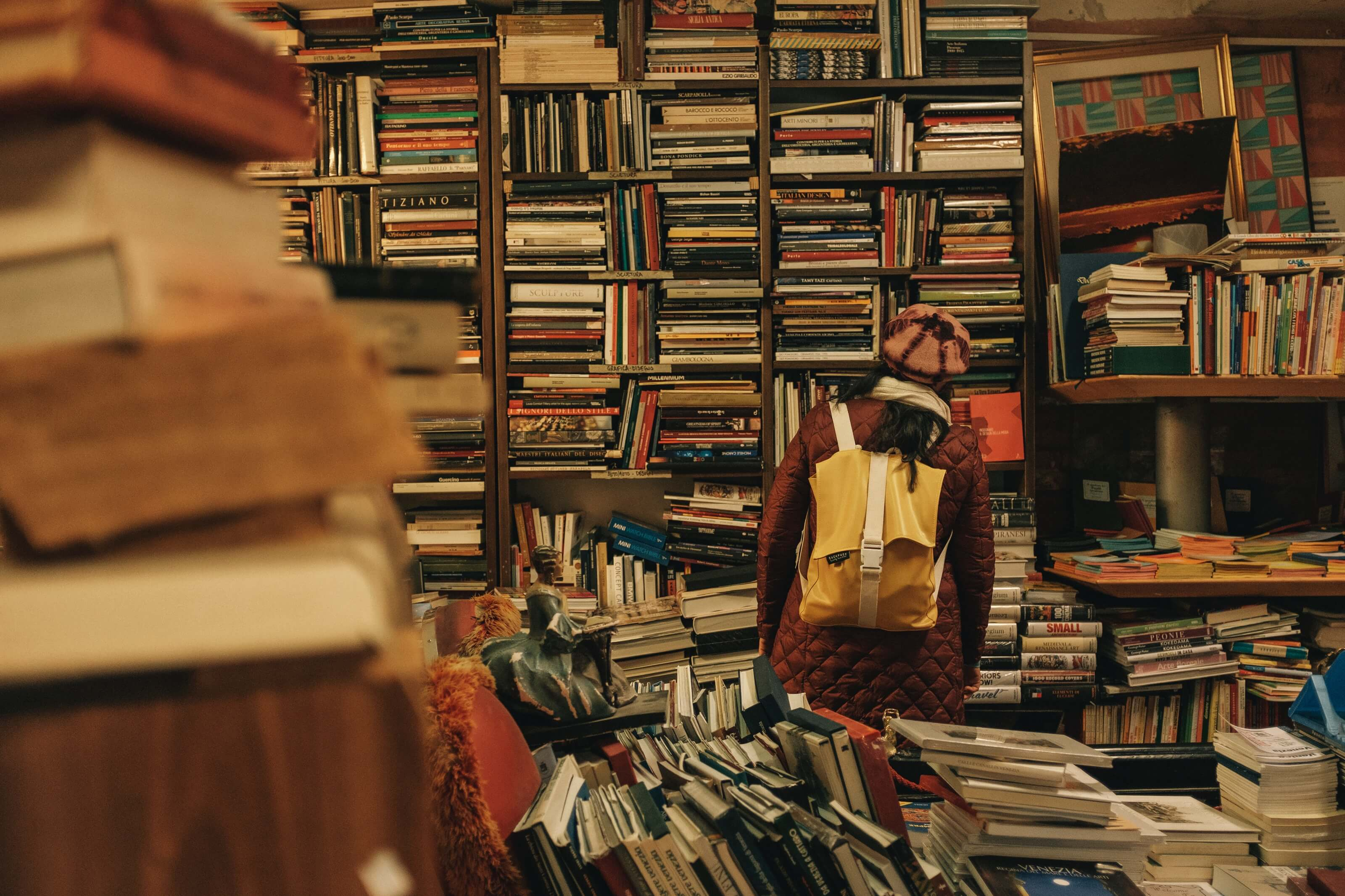 Clutter of books