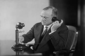 音声 VS テキスト: どちらがより有効なコミュニケーション・スタイルか?